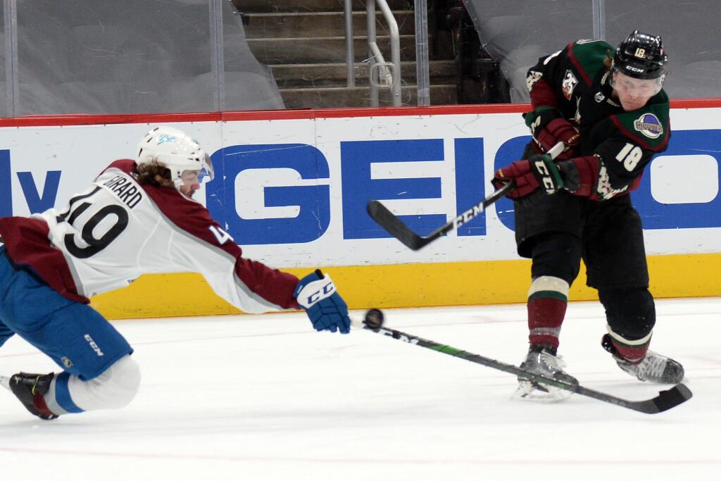 Montréal Canadiens acquire Christian Dvorak from Arizona Coyotes for draft picks