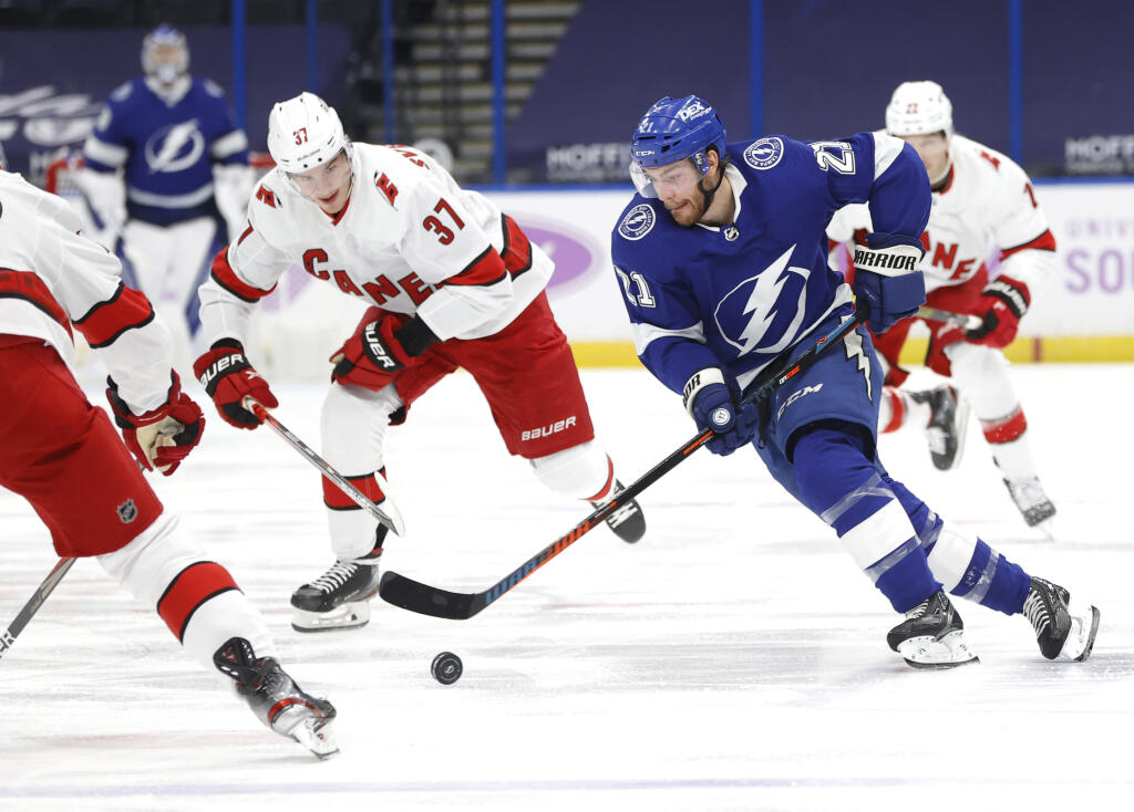 Round 1 Takeaways: How the Lightning and Hurricanes won their series