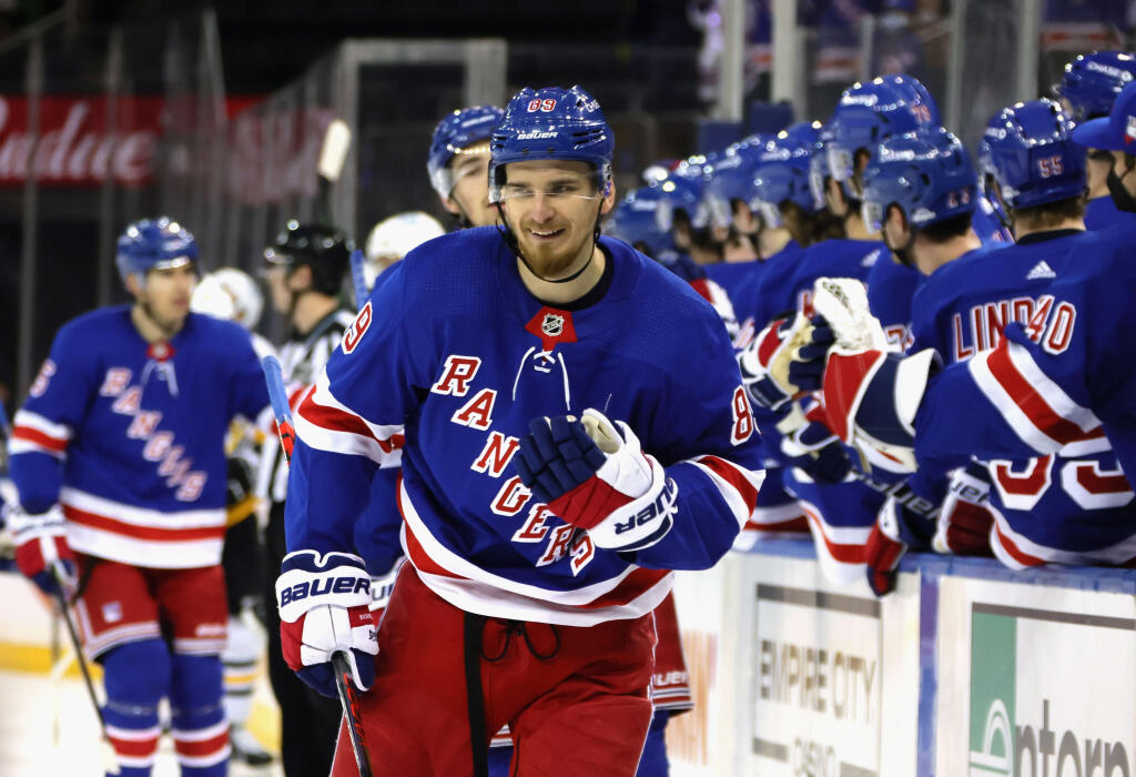 St. Louis Blues acquire Pavel Buchnevich from New York Rangers for Sammy Blais, draft pick