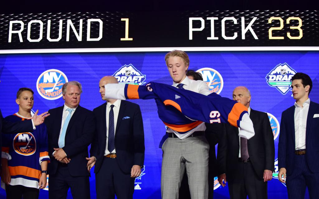 Post-Draft Prospect Profiles: Simon Holmström No. 23 to the New York Islanders