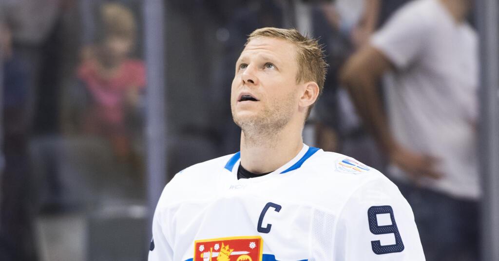 Jääkiekkoliitto pönkitti urheilunationalistista tarinaansa palkkaamalla Mikko Koivun U20-maajoukkueen valmentajaksi