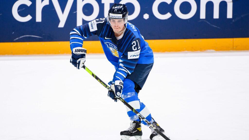 """Ensimmäisiä MM-kisojaan pelaava Jere Innala oli alkusarjassa Suomen parhaita hyökkääjiä – """"Nopeus- ja taito-ominaisuudet kestävät vertailun kovempiakin maita vastaan"""""""