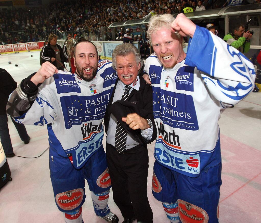 Siegesjubel! Villach gewinnt die österreichische Meisterschaft, v.li.: Dany Bousquet, Trainer Greg Holst und Michael Stewart (Foto: BILDBYRÅN/Kuess)